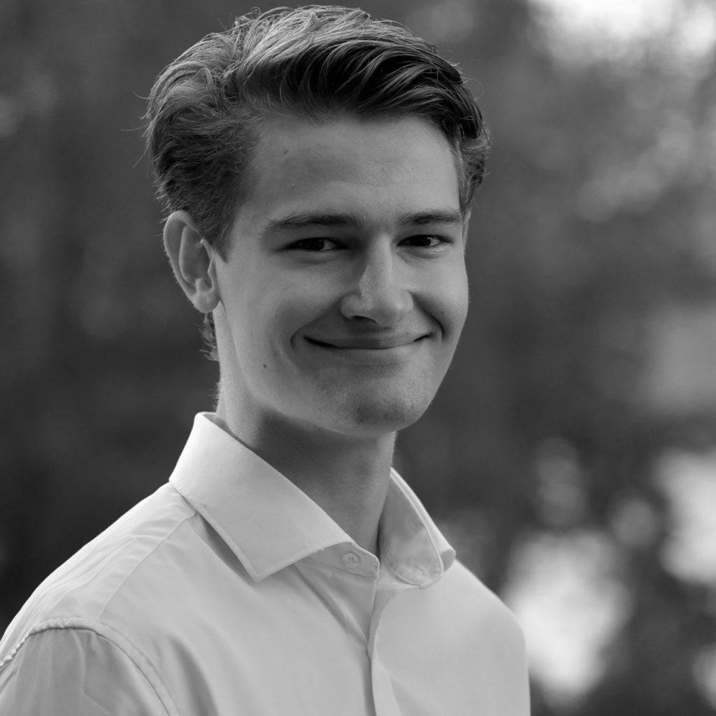 Oscar Messelt - sustainAX - ESG Research - Junior Developper